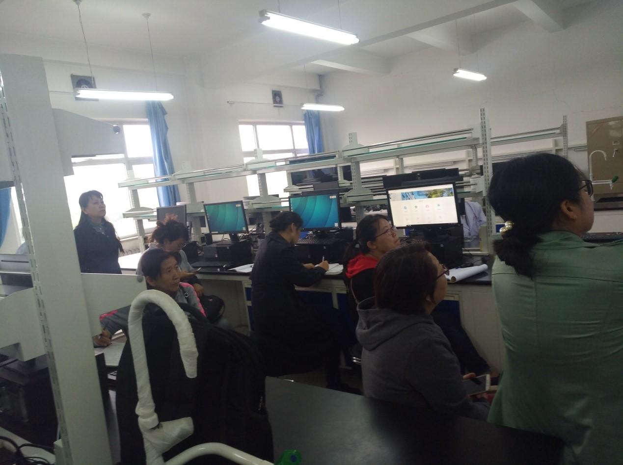山东数字人股份有限公司技术员在大同大学医学院进行培训